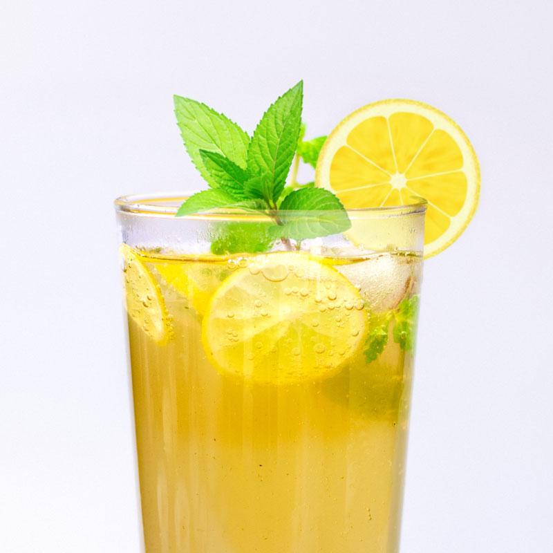 Menthe citronée, plante aromatique facile à cultiver au balcon