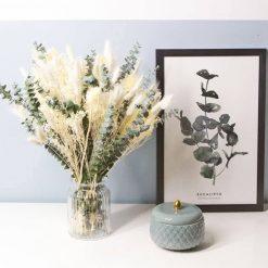 Bouquet de fleurs séchées blanc spécial mariage à base d'eucalyptus