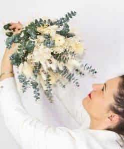 Bouquet de fleurs séchées spécial mariée à base de feuille d'eucalyptus