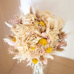 Bouquet de fleurs séchées pastel