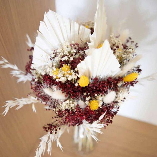 Bouquet de fleurs séchées blanc et rouge