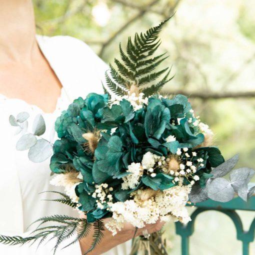 Bouquet de fleurs séchées hortensia et fougère