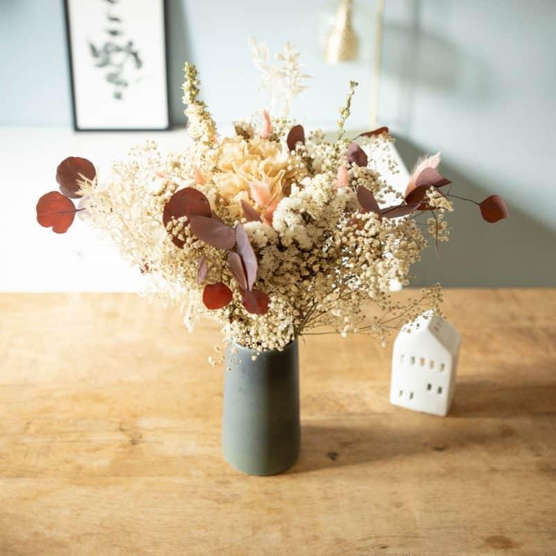Bouquet de fleurs séchées d'automne